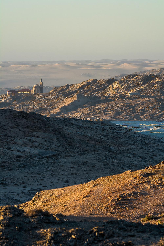 Lüderitz in Namibia - Ein kleines Städtchen umgeben von Meer und Wüste