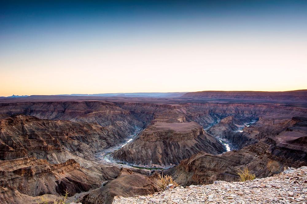 Der Fish River Canyon in Namibia ist der zweit größte Canyon der Welt ( nach dem Grand Canyon )