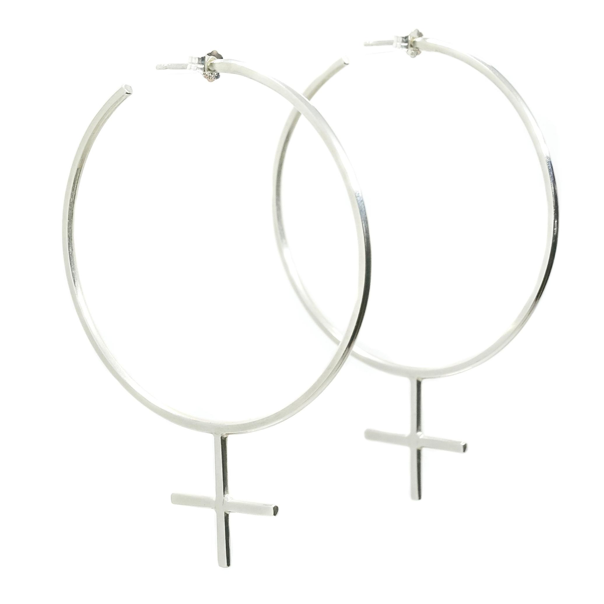 The Venus Hoops.