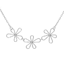 Three daisies necklace