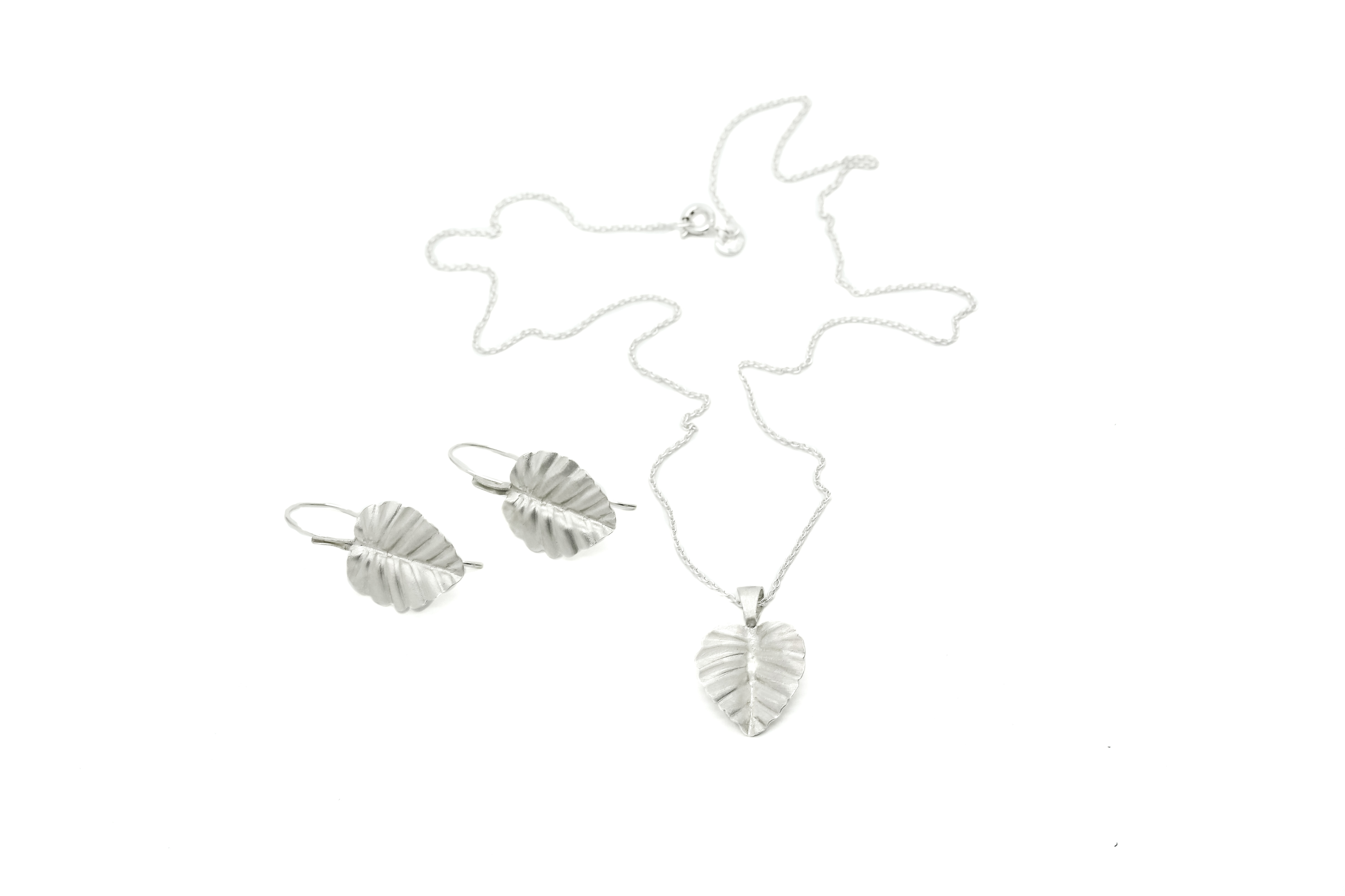 Fagus necklace and earrings