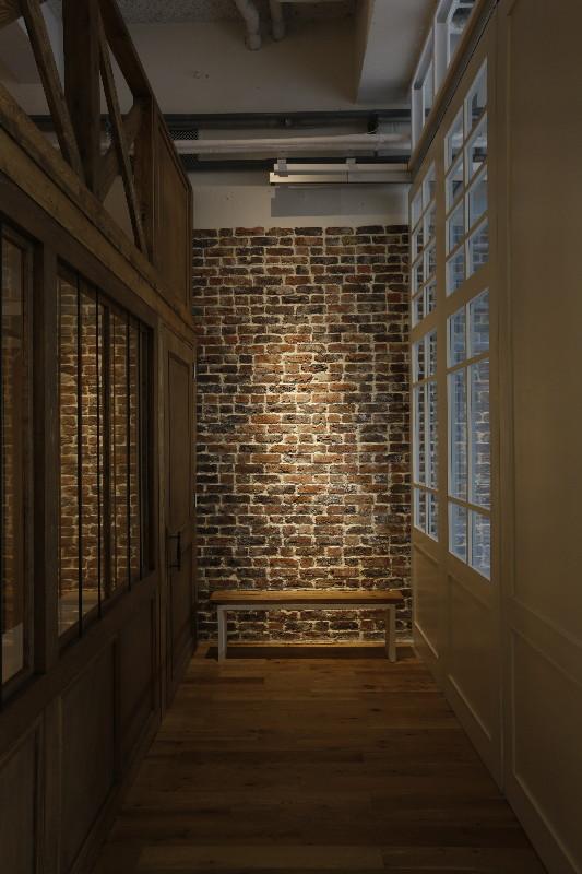 アンティーク風レンガの壁