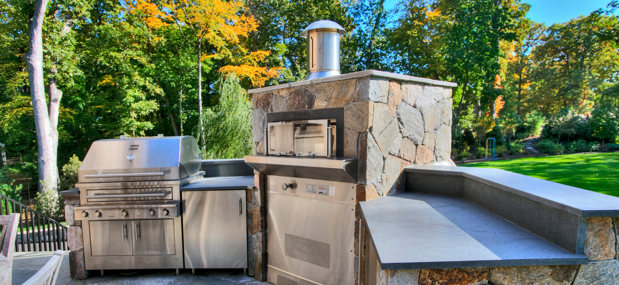 Lux Industrial Farmhouse Outdoor Grill