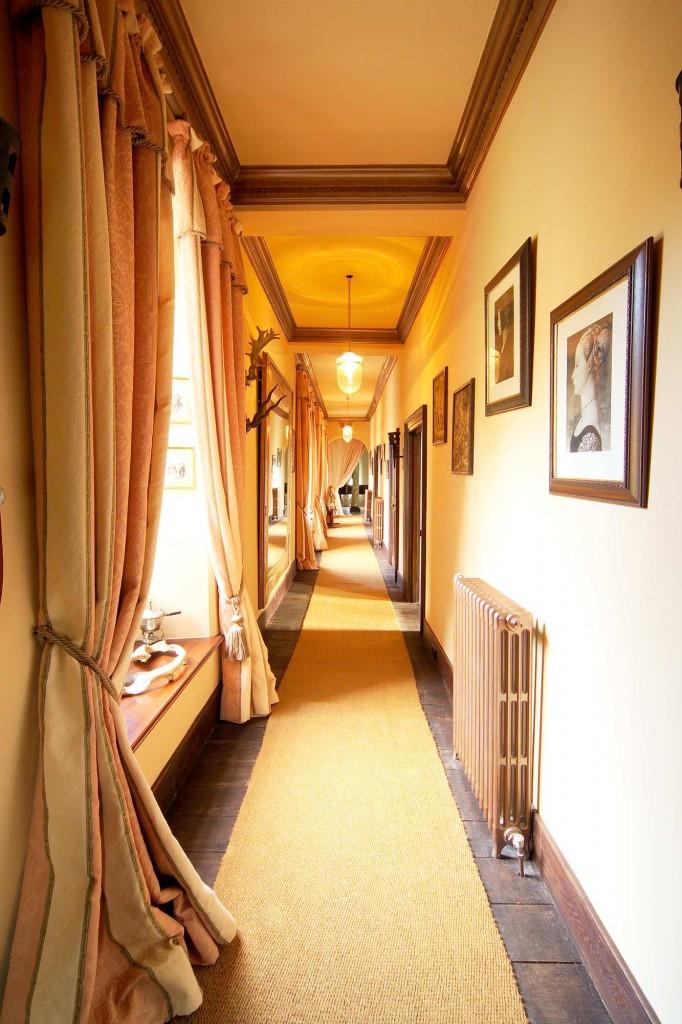 25-First-Floor-Corridor1-682x1024
