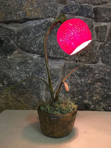 Red Flower Bud Table Lamp
