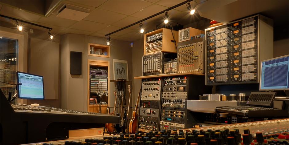 Control-Room-Gear-Cadec-Angle-copy.jpg