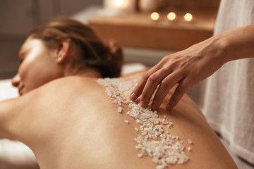 B Exfoliation & Scalp Massage