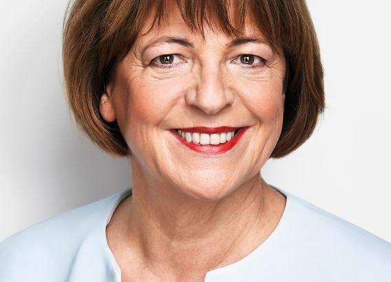 Ulla Schmidt unterstützt Toleranz-Tunnel