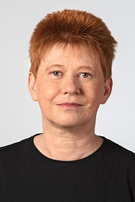 Vizepräsidentin des Bundestages Petra Pau unterstützt Toleranz-Tunnel