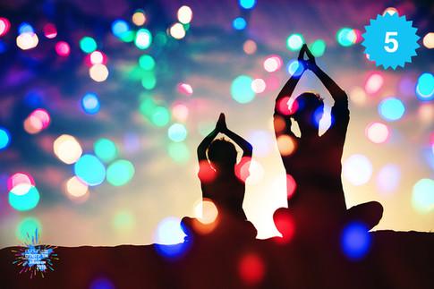 Light Yoga   חוויית יוגה משפחתית
