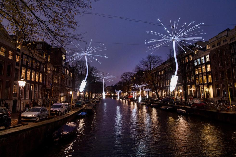 Light a wish