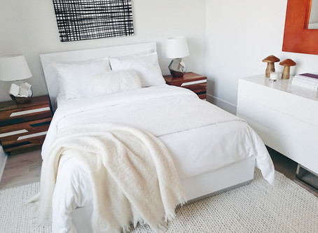 8 Ways to Keep Your Bedroom Clean Once & for All!