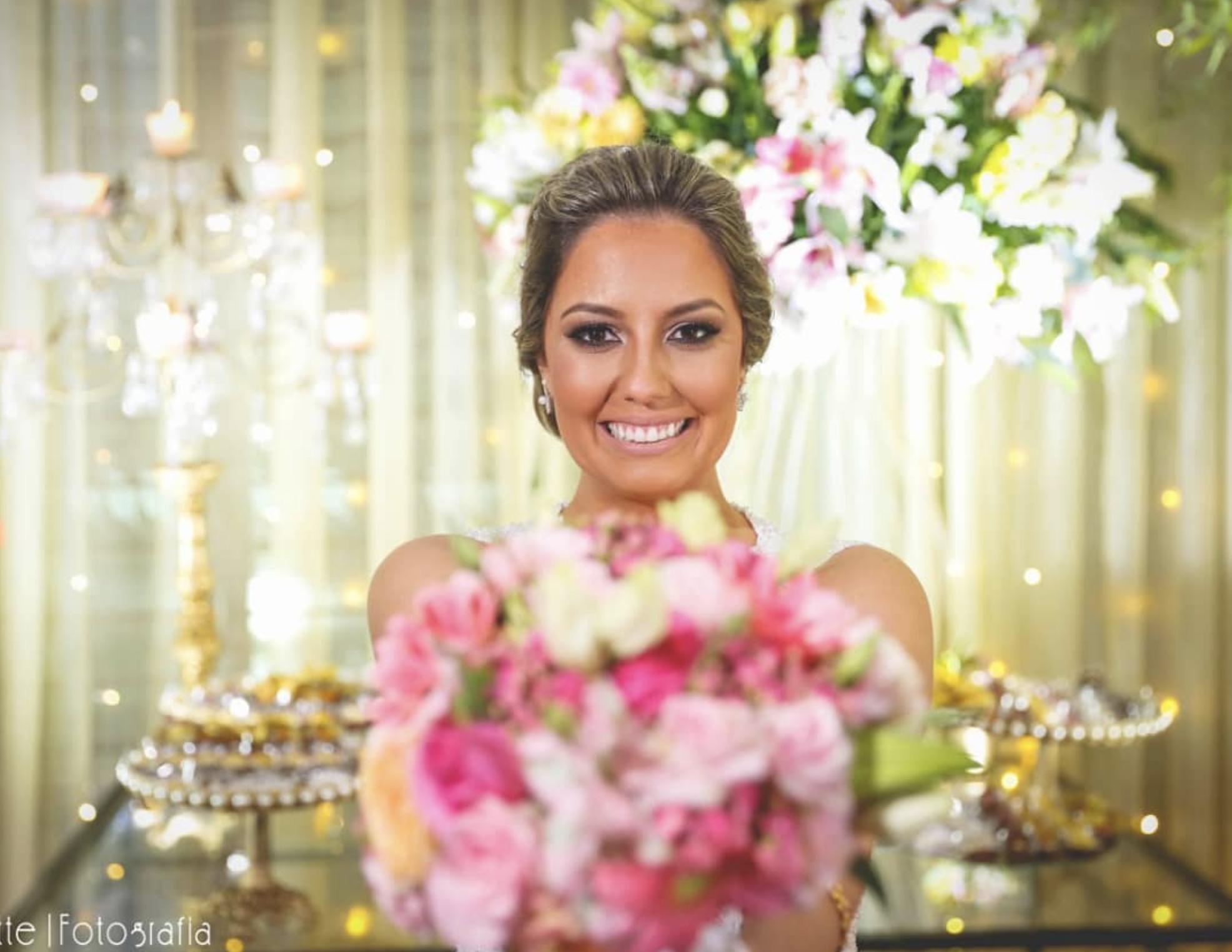 Detalhe Noiva com bouquet