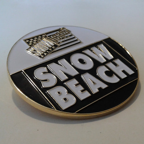 Snow Beach (GOLD PLATED) Black White// Lapel Pin