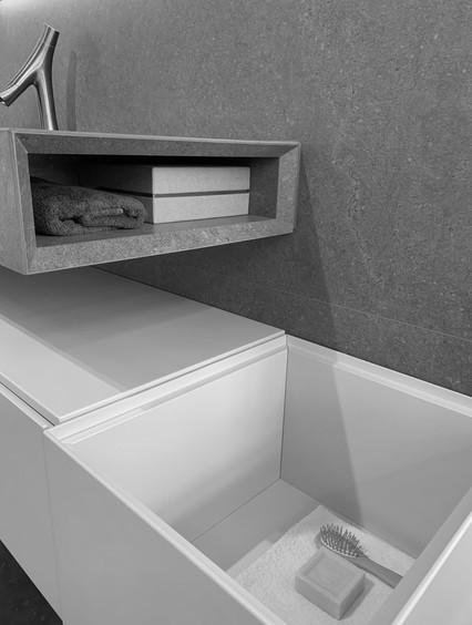 BOX011