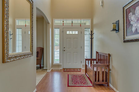 Interior - Entry 2.jpg