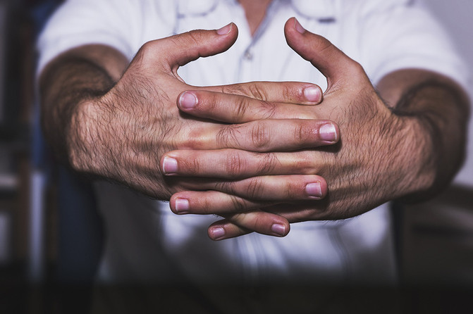 Knuckle Cracking: Annoying or Harmful