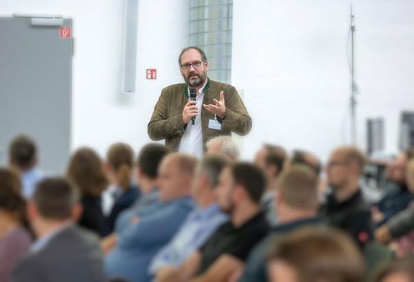 WUC_Vortrag_ClemensLutsch