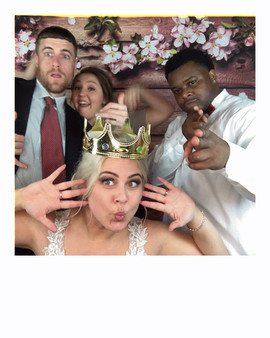 Mr & Mrs Taylor's Photobooth @spinitlive @bnbranham @johhny_t