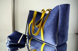 "sac ""SUMO"" avec trousse assortie -  bleu jean/moutarde"