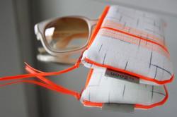 "lunette ""midare"" surpiqûres orange fluo"
