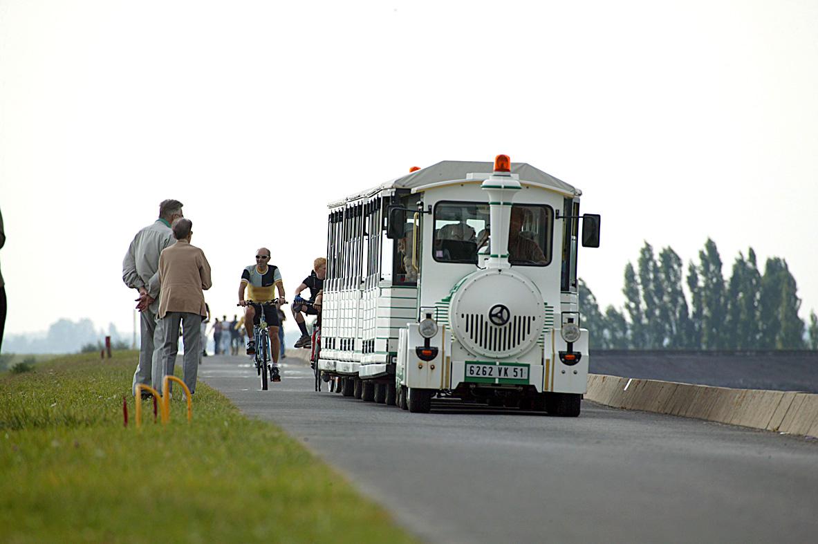 Train touristique au Lac du Der