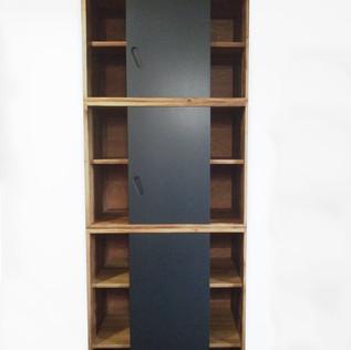 Bibliotheque-chene-noir-mat-face-ouvert.