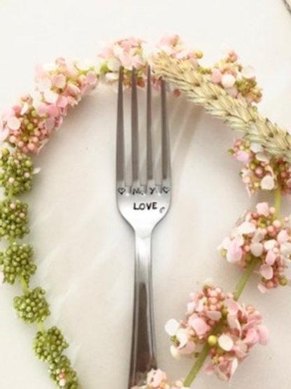 """Fourchette gravée """"LOVE"""""""