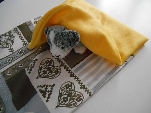 Tinou-Love Yellow tender . Panier pour chiens