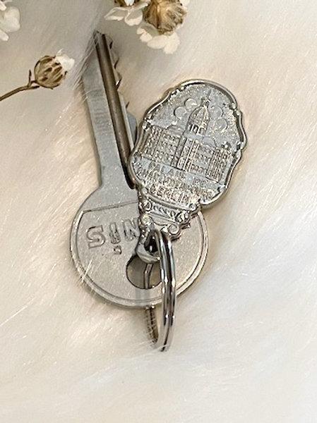 Porte clefs métal argenté BERLIN
