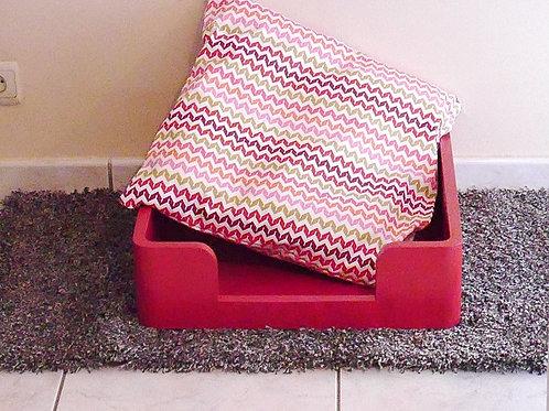 Tinou-Reves Rouge vintage . Panier pour chiens