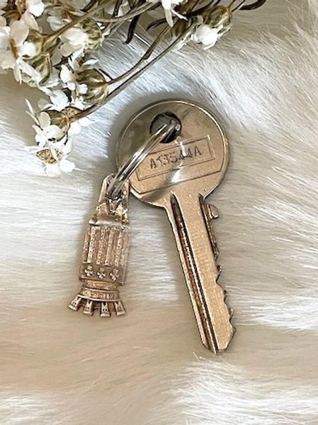 Porte clefs métal argenté MILLAU