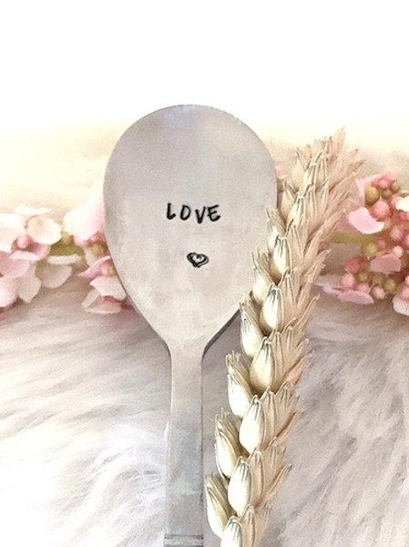 """Cuillère gravée """"LOVE"""""""