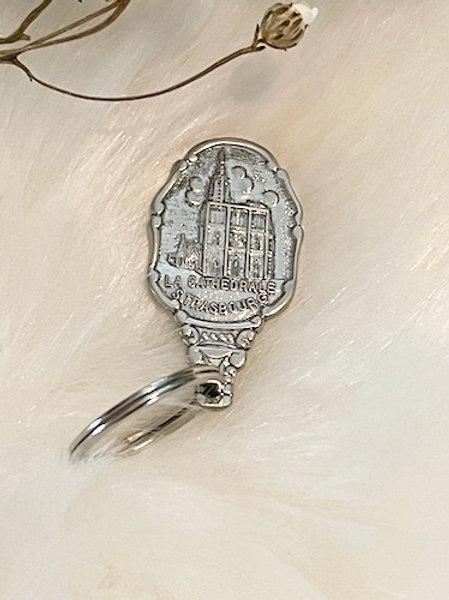 Porte clefs métal argenté CATHÉDRALE DE STRASBOURG