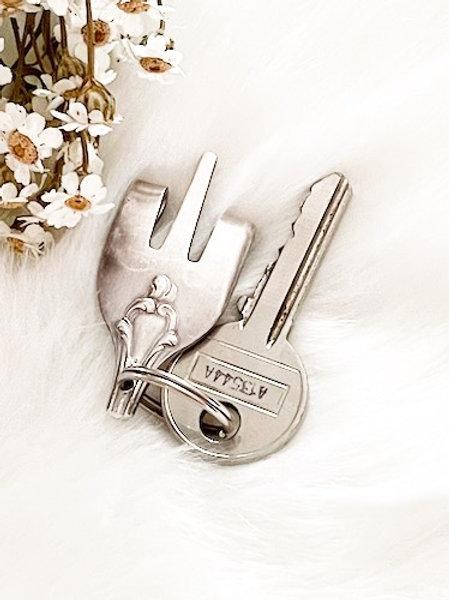Porte clefs en argent Peace Rocky cool