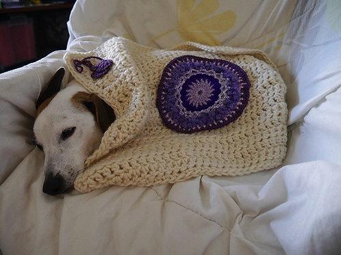 La couverture Mandala Violet. Couverture pour chiens