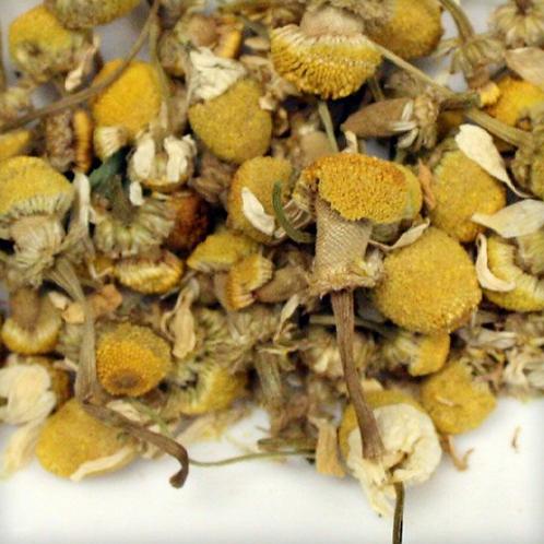 Organic Chamomile Flowers Herbal Tea 2 oz