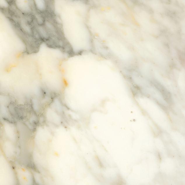 marmol-calacata-altissimo.jpg