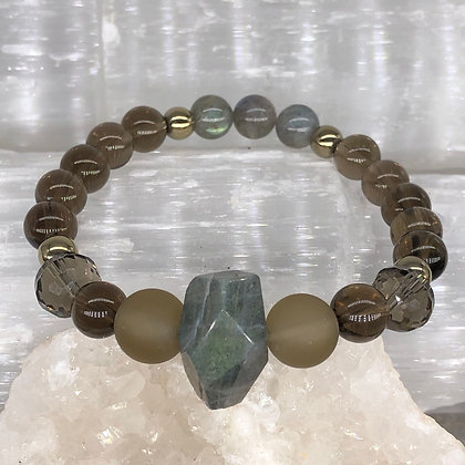 Labradorite and Smokey Quartz Stretch Bracelet