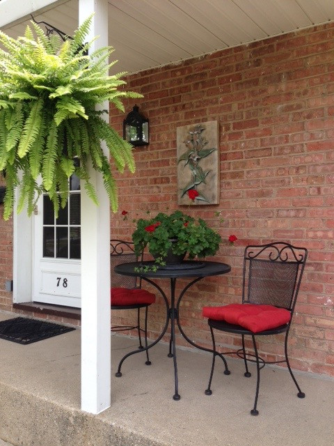 2 chairs and table at cedarwood porch