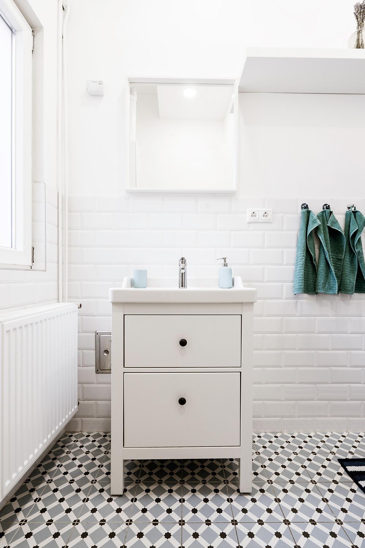 bathroom at cedarwood co-op