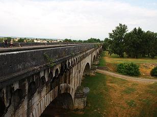 Pont canal, agen