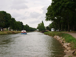 Tourisme fluvial, canal