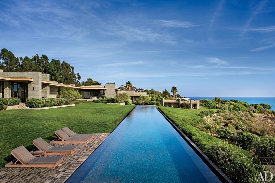 item8.rendition.slideshowHorizontal.california-living-indoor-outdoor-design-09.j