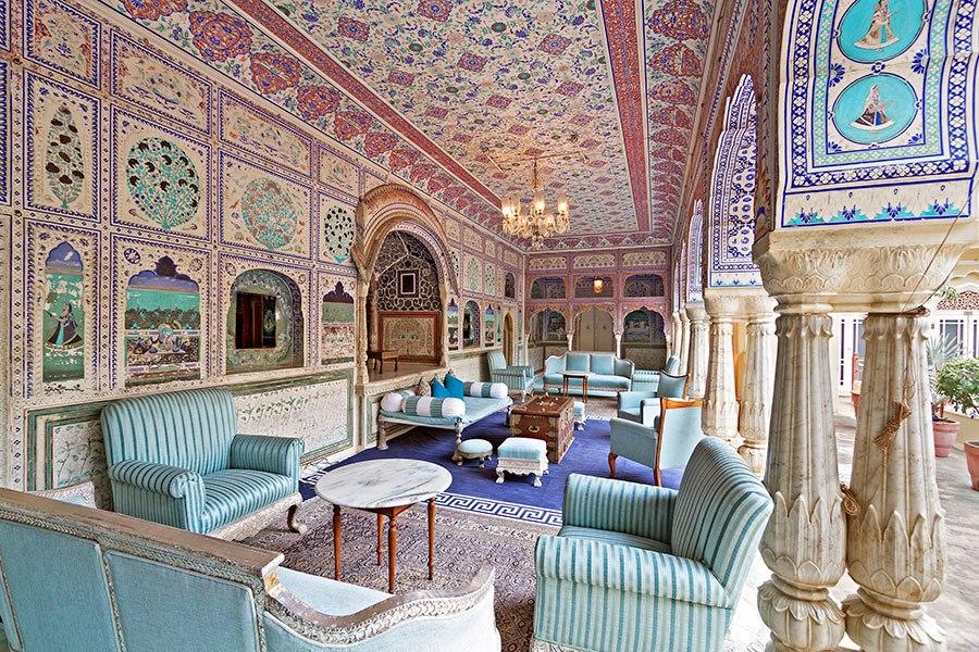 item3.rendition.slideshowHorizontal.boutique-heritage-hotels-india-04.jpg