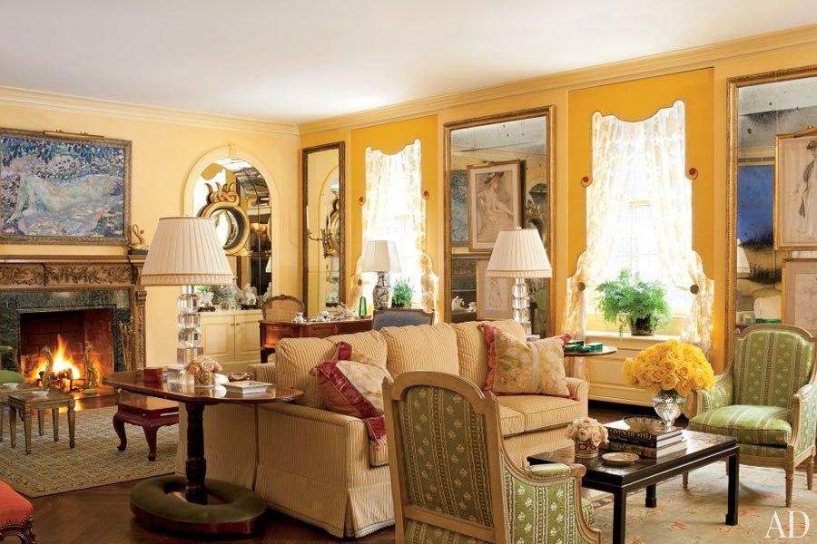 item15.rendition.slideshowHorizontal.yellow-painted-rooms-16-manhattan-living-ro