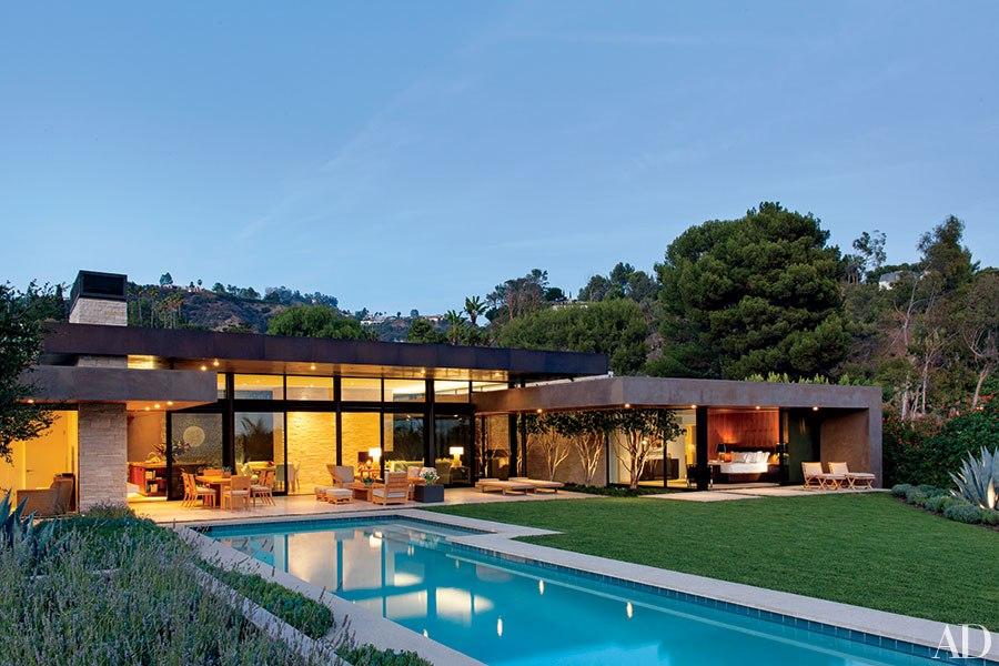 item2.rendition.slideshowHorizontal.california-living-indoor-outdoor-design-03.j