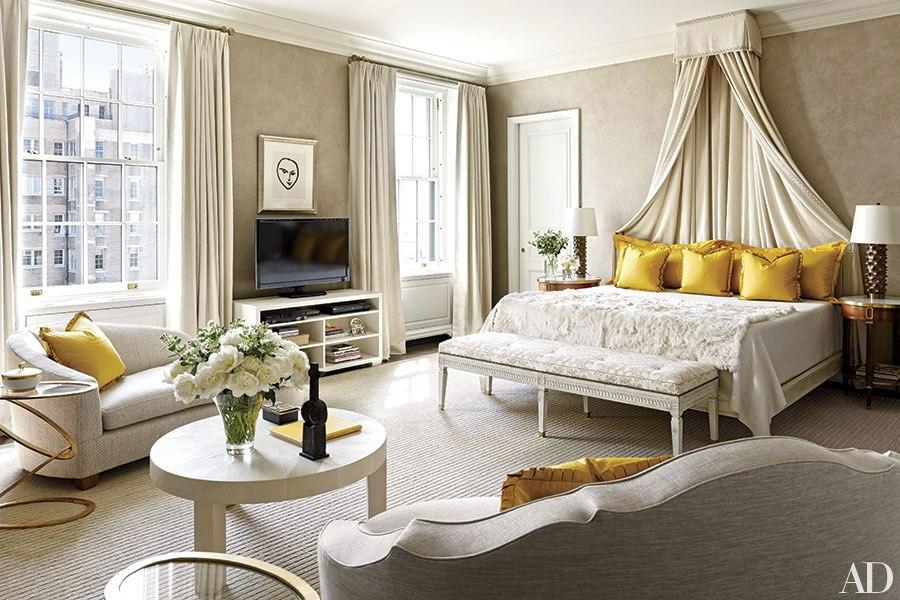 item0.rendition.slideshowHorizontal.pretty-bedrooms-florals-inspiration-01.jpg