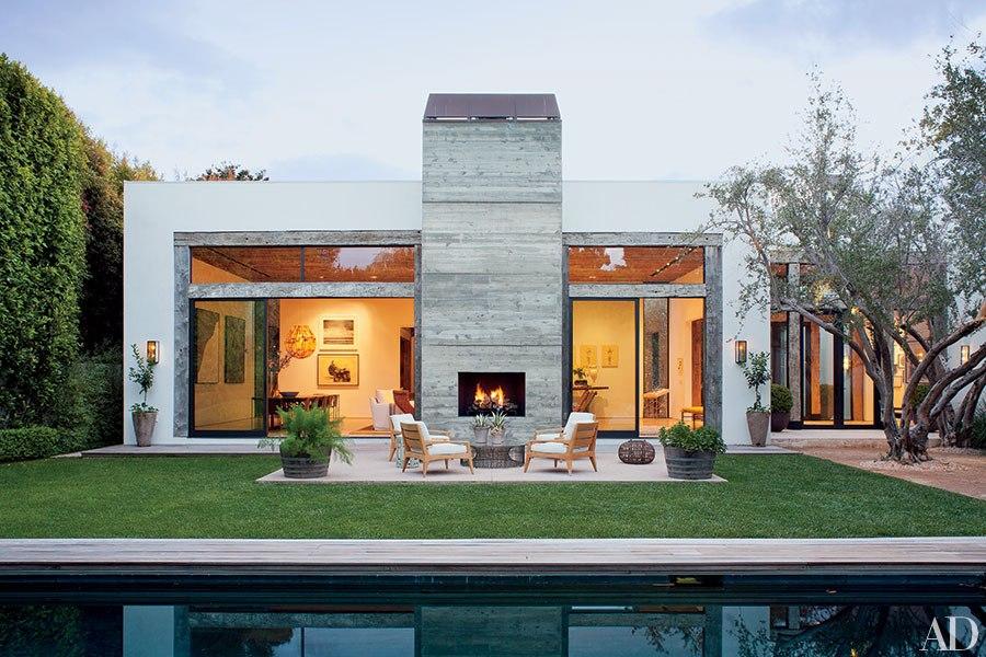item15.rendition.slideshowHorizontal.california-living-indoor-outdoor-design-16.