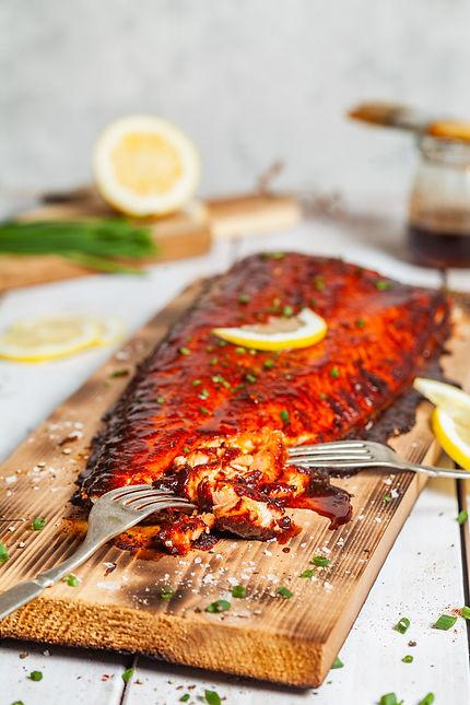2019_05_10_23_spiced_cedar_plank_salmon_